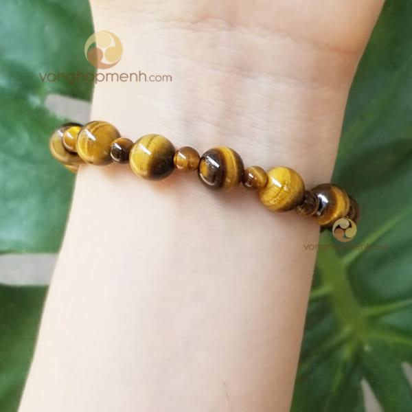 Vòng tay MHN6063 (đá mắt hổ nâu vàng (hạt lớn 8 ly xen kẽ hạt nhỏ 4 ly)