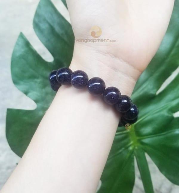 Vòng Kim Sa Đen 12 ly ánh xanh tím - vong tay phong thuy