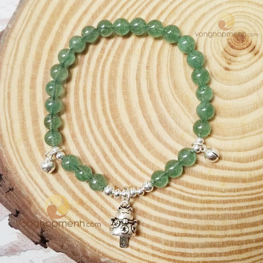 Vòng Tay Thạch anh dâu tây xanh 6 ly mix Charm mèo chiêu tài, lục lạc Bạc 925 - Vòng tay phong thủy